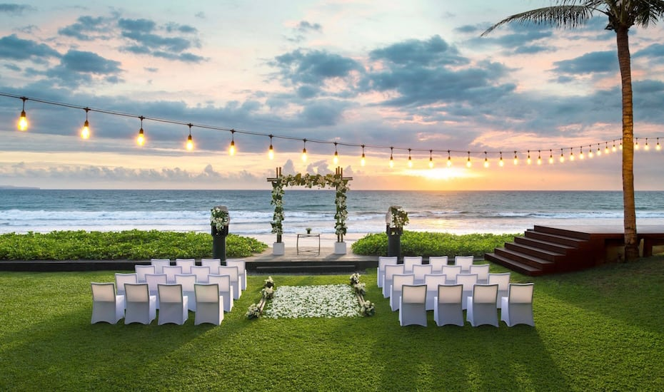 W-Bali-Seminyak-beachfront-wedding