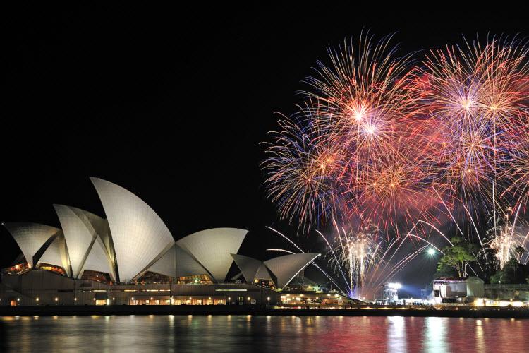 sydney-nye-fireworks_opera-house_credit-max-earey-shutterstock